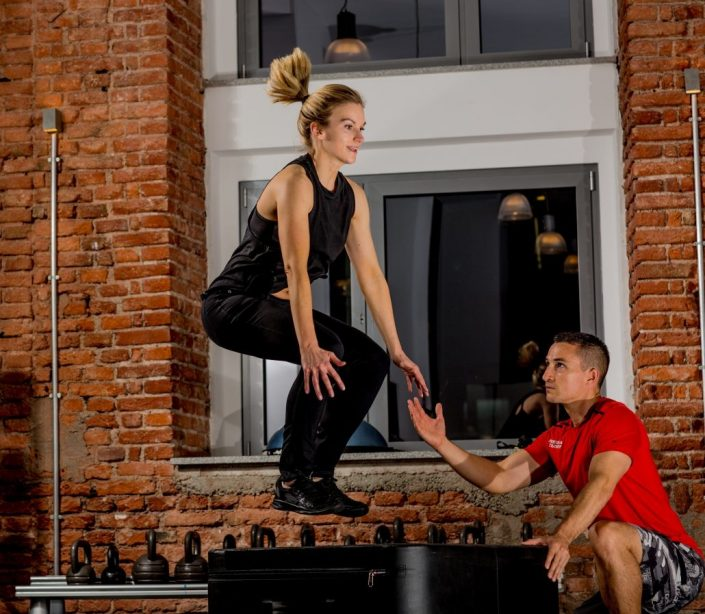 Box Jump im Personal Training - functional training